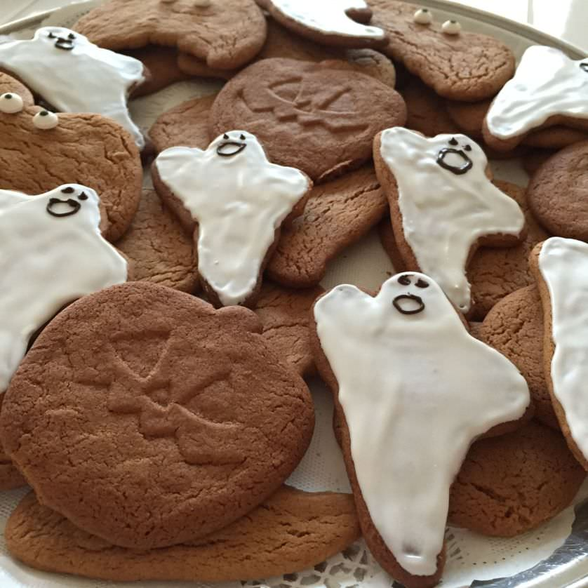 Ginger Halloween Cookies - OrnaBakes